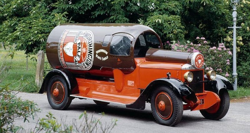 Автомобили-бутылки: Worthington Bottle Cars